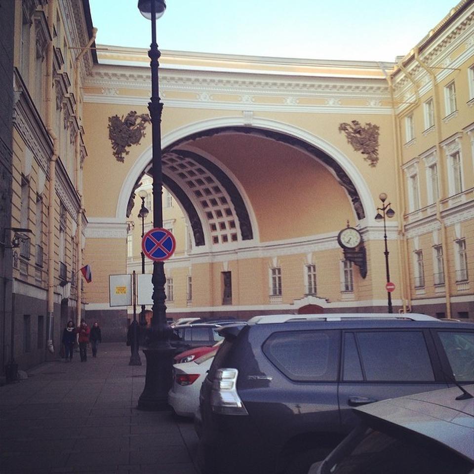 Санкт-Петербургский гарнизонный военный суд: телефон, реквизиты госпошлины, как проехать
